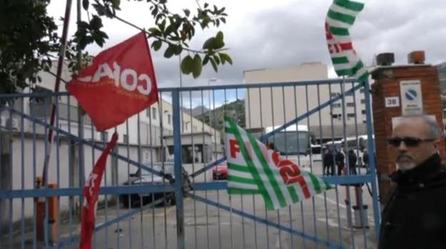 ast, Palermo, protesta lavoratori, società partecipata regione, Palermo, Economia