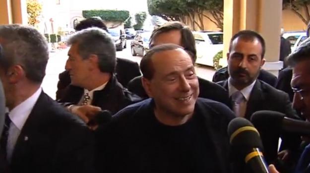 forza italia, referendum costituzionale, Silvio Berlusoni, Sicilia, Politica