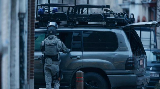 arrestati fuggitivi, bruxelles, sparatoria, Sicilia, Mondo