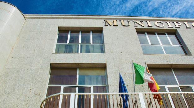 PAntelleria comune dimissioni, Trapani, Politica