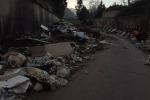 Amianto e carcasse d'animali: in corso dei Mille discarica a due passi dalle case