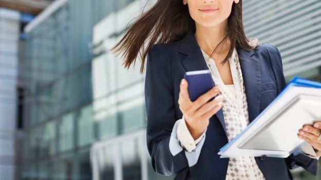 donne in carriera, Sicilia, Economia