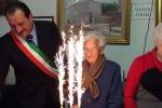 Motta D'Affermo, festa per i 100 anni di nonna Grazia - Foto