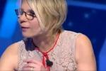 """""""C'è posta per te"""", Maria De Filippi piange commossa durante l'ultima trasmissione- Video"""