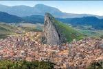 Al Castello Beccadelli di Marineo la pittura naif di Ciro Puccio