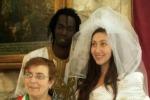 Vita, immigrato si sposa grazie a Facebook