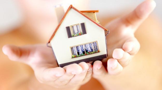compravendite case, mercato immobiliare, Sicilia, Economia