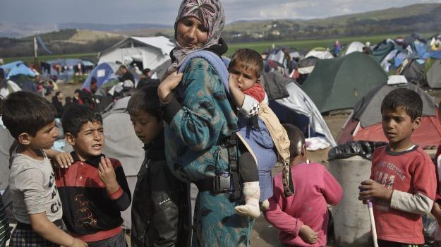 immigrazione, sbarco a messina, Messina, Cronaca