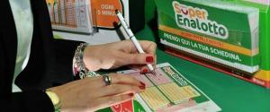 In Sicilia vinti due milioni di euro a Natale, ma a Palermo si dimenticano di incassare il premio