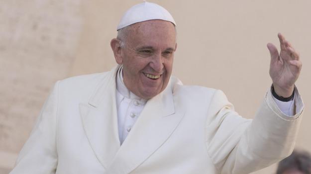 premio carlo magno 2016, vaticano, Papa Francesco, Sicilia, Cronaca