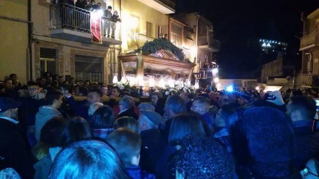 boss, inchino, processione, san michele, Catania, Cronaca