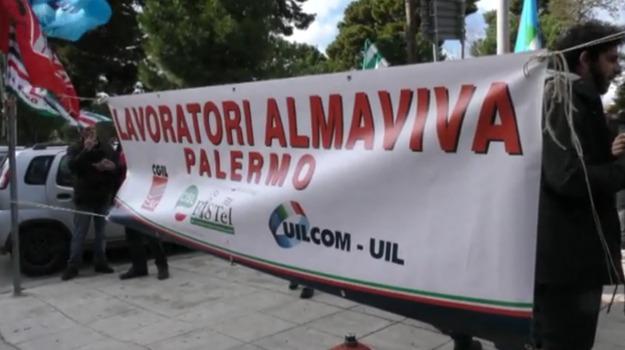 almaviva, esuberi, protesta, vertenza, Palermo, Economia