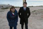 """Migranti, Renzi a Lampedusa: """"L'Ue la renda zona franca"""""""