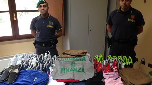 contraffazione, sequestro, Caltanissetta, Cronaca