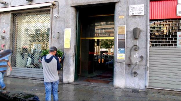 ex carabiniere, rapina, spari, Palermo, Cronaca