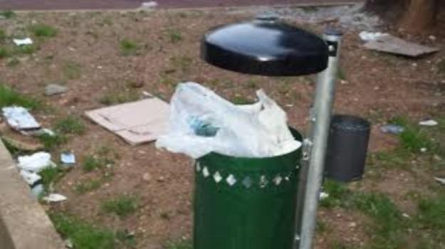 LAVORO, rifiuti, sanità, TRAFFICO, verde, Palermo, Voci dalla città