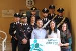 Carabinieri e volontari insieme per gli studenti dello Zen
