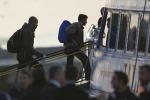 Migranti, parte il piano Ue-Turchia per limitare gli arrivi: al via primi rinvii