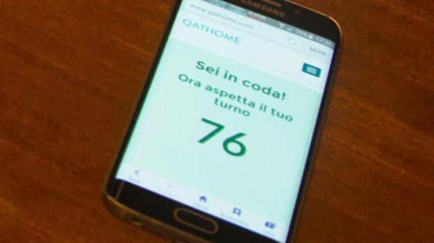 applicazione, smartphone, Sicilia, Società
