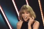 iHeartRadio, poker di statuette per Taylor Swift - Foto