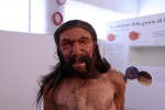 Il più antico Neanderthal ora ha un volto: le foto della ricostruzione
