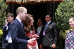 William e Kate sbarcano in India: le foto della coppia reale in visita