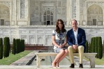 William e Kate come Lady Diana: in posa sulla panchina del Taj Mahal - Foto