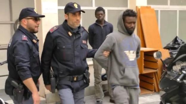 immigrazione palermo, scafisti arrestati, Palermo, Cronaca