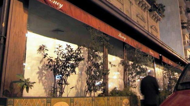 bar alba palermo, bar Ciro's, bar Mascara, Caflisch, chiusura bar alba, Extrabar, Roney, Palermo, Economia