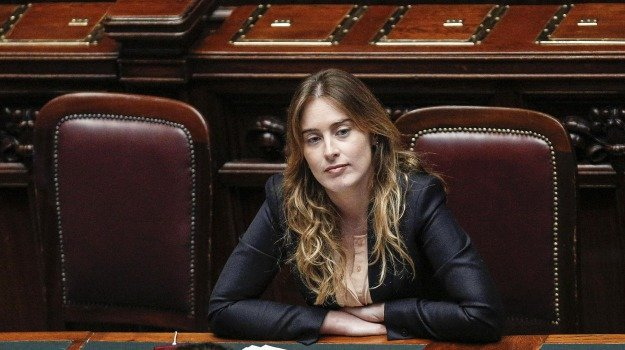 ministro riforme, referendum, referendum trivelle, Sicilia, Politica