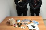 Droga e pistola in casa: arrestato un giovane dello Zen a Palermo