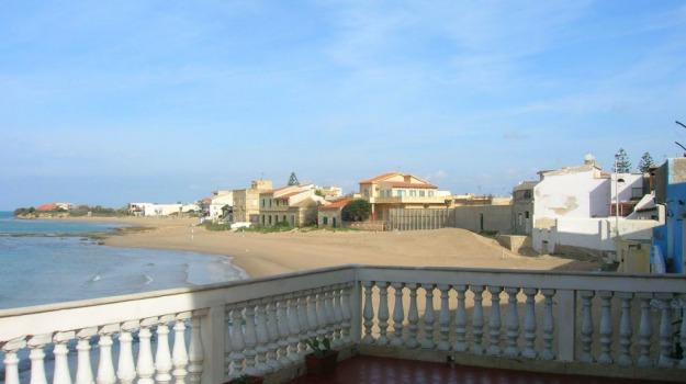 Pusher spiaggia montalbano, Ragusa, Cronaca