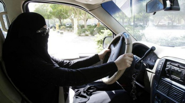 Arabia Saudita, donne al volante, islam, Sicilia, Mondo