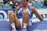 Giuseppe Gibilisco è nato a Siracusa ed è un ex astista e bobbista italiano, campione mondiale del salto con l'asta a Parigi 2003 e bronzo olimpico ad Atene 2004.