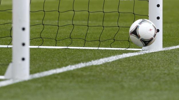 Calcio, occhio di falco, Sicilia, Sport