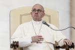 Canonizzazione di Madre Teresa, il papa invita 1500 poveri a pranzo con la pizza