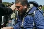 Protesta anti-Renzi a Pisa: forti scontri tra polizia e manifestanti