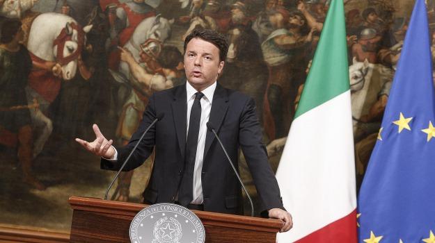 m5s, referendum 17 aprile, referendum trivelle, Beppe Grillo, Matteo Renzi, Silvio Berlusconi, Sicilia, Politica