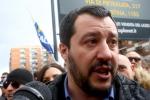 """Salvini sui migranti: """"Un dovere accogliere chi scappa dalla guerra"""""""