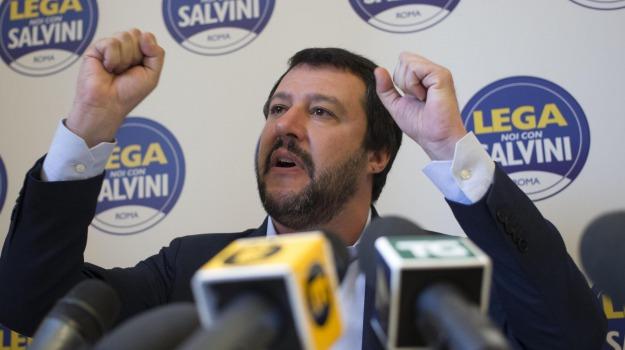 Lega Nord, migranti, Matteo Salvini, Catania, Politica