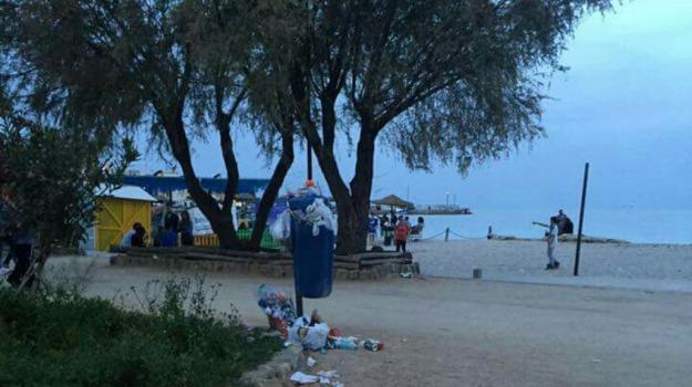 commercio, mare, rifiuti, spiagge, TRAFFICO, trasporti, Palermo, Voci dalla città