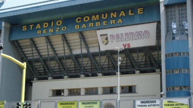 Calcio, Palermo, protesta, SERIE A, tifosi, Palermo, Calcio