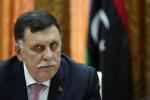 Il governo di Tripoli si arrende e cede il potere al premier Sarraj