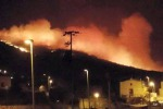 Pantelleria continua a bruciare, canadair in azione sui focolai