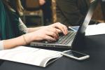 Lavoro, crollano gli apprendisti: in 45 anni calati del 43%