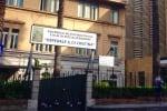 Auto bloccano le ambulanze, raffica di multe all'ospedale dei Bambini