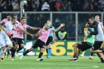 Il Palermo resta in serie A, le immagini del 3-2 al Verona - Video