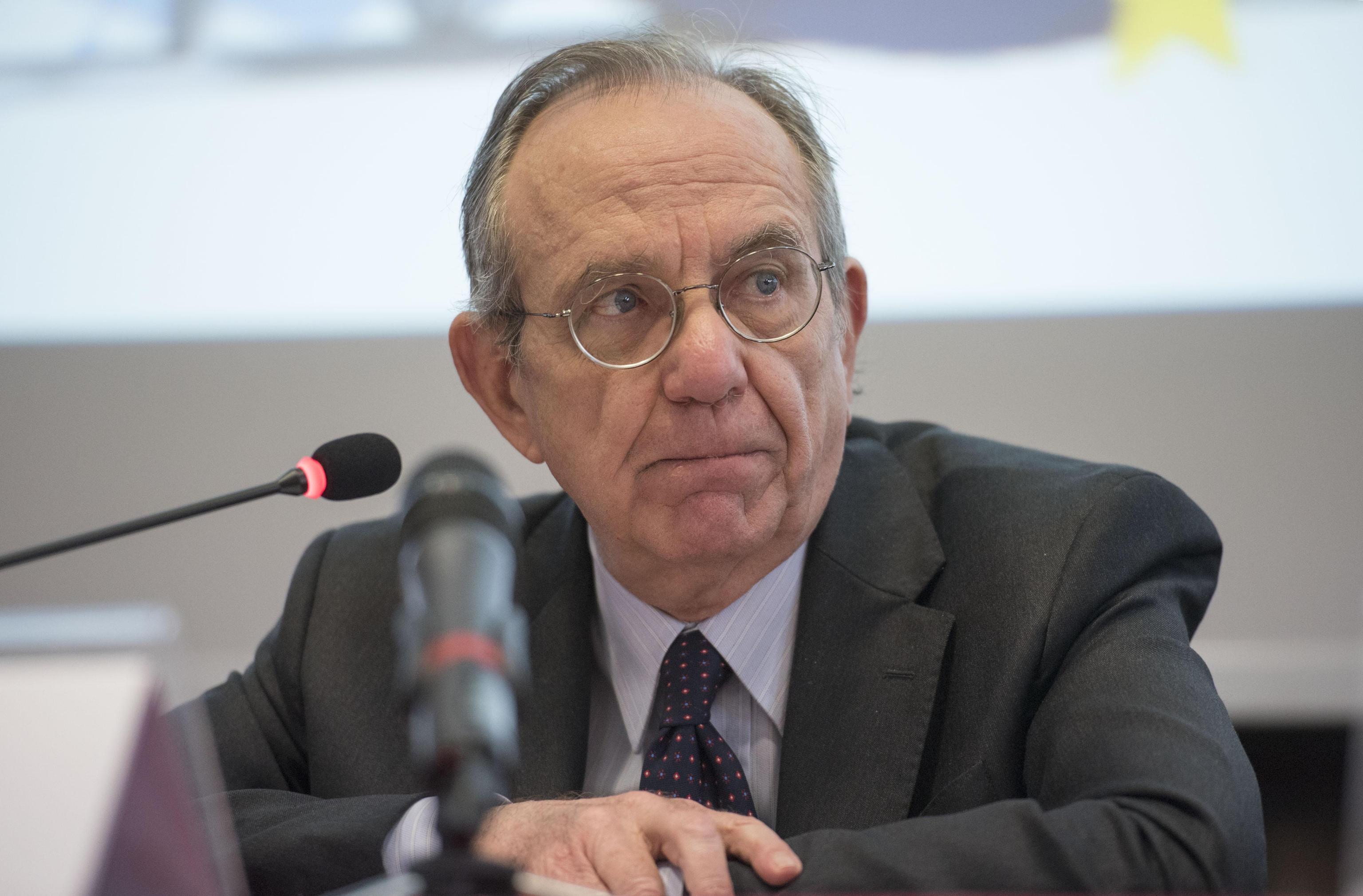 Bankitalia, Padoan esclude di poter fare il governatore