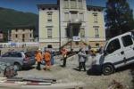 Dopo 110 anni, villa in Svizzera viene... spostata: l'impresa in un video in time lapse