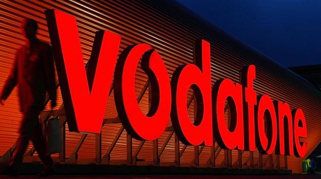 catania, LAVORO, Vodafone, Catania, Economia
